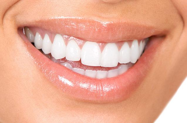 Cuida tus dientes también en verano