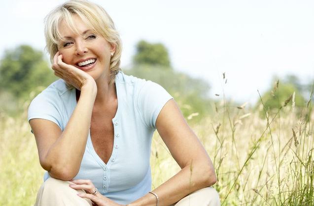 ¿Afecta la menopausia a los dientes?